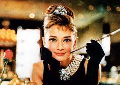audrey hepburn breakfast at tiffany's | Audrey Hepburn in Breakfast at Tiffany's