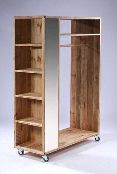 Guarda Roupa de Pallet: +63 Modelos Sustentáveis Para o Seu Quarto Diy Pallet Furniture, Home Decor Furniture, Furniture Projects, Furniture Design, Pallet Sofa, Bedroom Closet Design, Closet Designs, Bedroom Decor, Wardrobe Furniture