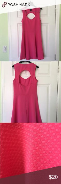 Pink Eyelet Style Dress Pink Eyelet Style Dress, size Medium fits sizes 4-6. Brand new condition and professionally cleaned. Pretty back eyelet and perfect for spring! Dresses Midi