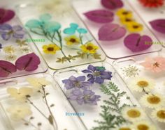 Pressed flower iphone case, how pretty!