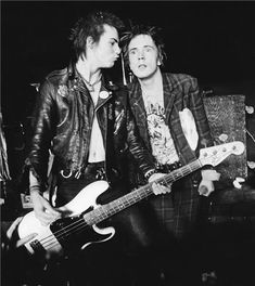 Sex Pistols' Johnny Rotten and Sid Vicious
