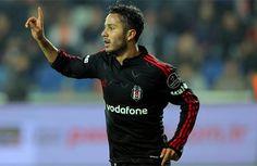 Beşiktaş'ın genç yıldızı Kerim Frei, Şenol Güneş tarafından ilk 11'de şans bulamazken, İngiltere'den yıldız oyuncu için 3 takımın devrede olduğu açıklandı.