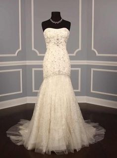 swooning #usedweddingdress avail  ~ Hustle Your Bustle