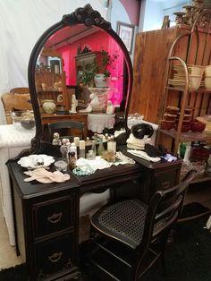 Beauty Vanity, Black Beauty, Furniture, Home Decor, Dark Beauty, Ebony Beauty, Decoration Home, Room Decor, Home Furnishings