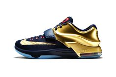 """Inspired by the golden hardware NBA superstar Kevin Durant has accumulated over the course of his illustrated basketball career comes the Nike KD7 """"Premium."""" The performance basketball sneaker flaunts..."""