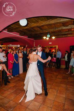 First dance / První tanec