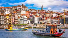Where to go in Portugal and when to go? How to plan your perfect week in Portugal. Our Portugal Editor gives you her detailed itinerary for 7 days. Portugal Porto, Visit Portugal, Spain And Portugal, Portugal Travel, Malaga, Monuments, Great Places, Places To See, Beautiful Places