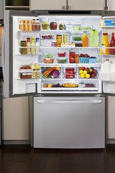 It's time for a kitchen upgrade! LG's smart features make this refrigerator perfect for large families and entertaining. You'll always have room in the fridge with adjustable shelf space.