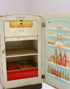 Vintage toy metal refrigerator 1950's by fuzzymama on Etsy