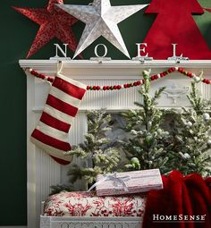 Adorn your home for the holidays to create a cozy winter retreat! // Décorez votre maison au goût des Fêtes! #HomeSenseStyle