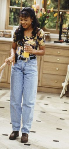 Plaid Mini Skirts, Baggy Jeans, and Other Trends That Are Making a Comeback Grunge Outfits, 90s Fashion Grunge, Outfits Casual, Style Outfits, Fashion Male, Fashion Models, Fashion Guys, Urban Fashion, Winter Hipster