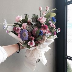 ~ Sunflower Bouquets, Floral Bouquets, Floral Wreath, D Flowers, Beautiful Flowers, Natural Bouquet, Hand Tied Bouquet, Flower Packaging, Florists