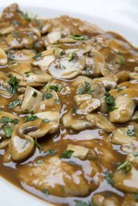 "Diann Andreska, Franklin, requested the recipe for chicken Marsala served at Carmine's Italian Ristorante at the Forum Shops at Caesars Palace in Las Vegas. She called the dish ""wonderful. Italian Dishes, Italian Recipes, New Recipes, Dinner Recipes, Favorite Recipes, Copycat Recipes, Yummy Recipes, Food Dishes, Main Dishes"