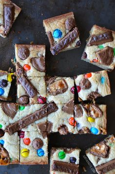 Leftover Halloween Candy Blondies are not only delicious but they are a brilliant way to use up all that candy around your house! #nomnom #blondie