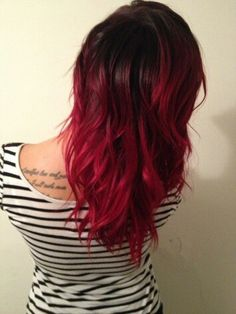 Manic Panic Vampire Red Ombre, can't believe she didn't do it in a salon