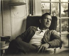 What makes John Steinbeck a literary genius? Is it in the type of stories he wrote? Can the answers be found in his books? Is it in The Pearl, The Grapes of Wrath, East of Eden, or Of Mice and Men? Joseph Heller, Margaret Atwood, Los Hermanos Karamazov, Prix Nobel, Photo Star, Grapes Of Wrath, Nobel Prize In Literature, East Of Eden, Writers And Poets