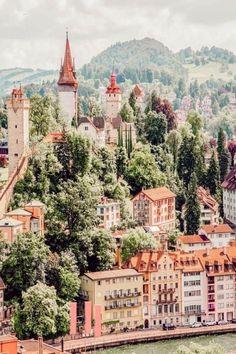 Lucern, Switzerland. Voyage Europe, Lucerne Switzerland, Places In Switzerland, Travel Destinations, Travel Europe, European Travel, Places To Travel, Backpacking Europe, Places To Go