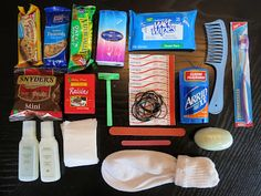 How to make blessing bags for the homeless, Clicking on this goes to a warning from Pinterest and if you go on anyway, it goes to a site to book vacations. Nothing about blessing bags, so just use this photo for your ideas.