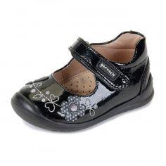Zapato niña mercedita charol negro Garvalin