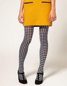 Ooo...houndstooth tights.