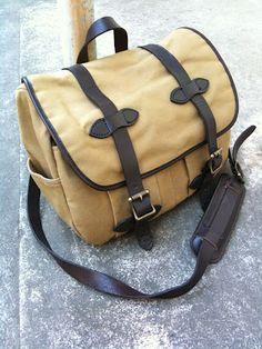 a1a0dbd646 FILSON Large Shoulder Bag