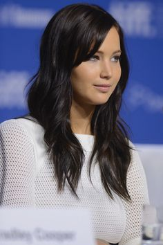 Jennifer Lawrence with dark brown hair color Jennifer Lawrence Brunette, Cabelo Jennifer Lawrence, Jenifer Lawrance, Brown Hair Colors, Hair Colour, Brown Black Hair Color, Black Wig, 100 Human Hair, Hair Dos