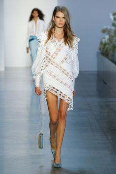 Zimmermann, Frühjahr/Sommer New York, Womenswear Spring Fashion Trends, Fashion Week, Runway Fashion, Fashion Fall, Haute Couture Style, 1960s Fashion, Pink Fashion, Womens Fashion Stores, Fashion Brands