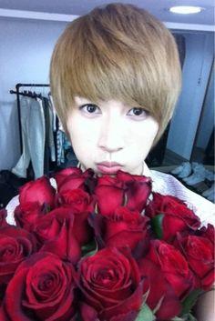 Kiseop ~ U-Kiss...aww how sweet he has flowers ♥