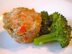 Cheesy Turkey Meatloaf Bites, lots of veggies and cheese, and lean ...