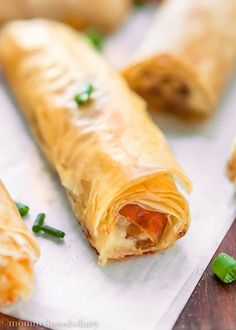 Make these crispy and flaky Cheese and Prosciutto Phyllo Rolls with just 5 ingredients! Perfect for your next get together. Although grilling season has come, it does not mean that I have to grill … Phylo Pastry Recipes, Phillo Dough Recipes, Phyllo Recipes, Appetizer Recipes, Snack Recipes, Cooking Recipes, Healthy Recipes, Strudel Recipes, Kitchen Recipes