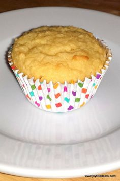 Sour Cream Vanilla Cupcakes THM S