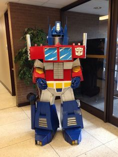 Tutorial: Optimus Prime out of cardboard