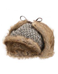 - caciula ruseasca Kangol Irregular Trapper, unisex  - garnituri maro, din blana sintetica - protectii pentru urechi, ce pot fi fixate sau purtate pe urechi - inchidere cu siret - personalizata cu logo