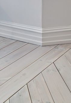 Trendy Ideas For Diy Home : Terrific Transitions: 10 Inspiring Floor Installation Design Ideas Timber Flooring, Vinyl Flooring, Flooring Ideas, White Flooring, Flooring 101, Ceramic Flooring, Farmhouse Flooring, Unique Flooring, Parquet Flooring