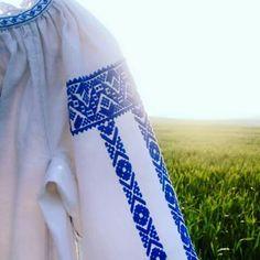 The Romanian Blouse: ia Enisala, Dobrogea Romania, Floral Tie, Folk, Costume, Blouse, Stupid, Fashion, Embroidery, Floral Lace