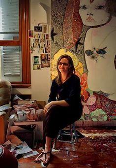 Portrait of artist Del Kathryn Barton in her studio in Petersham,Sydney. Best Artist, Artist Art, Artist At Work, Australian Painting, Australian Artists, Del Kathryn Barton, Painters Studio, Grand Art, Art Studio Design