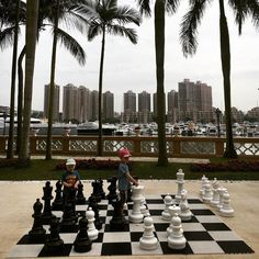 #beach #hongkong #goldbeach #chess #chessgame #shakki #outdoorgames #travel #travelling #china