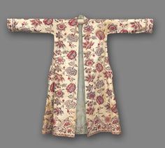 Man's Morning Gown | Cleveland Museum of Art India, 18th century tabby weave, resist-dyed (mordant resist and batik); cotton and applied gold leaf, Overall - h:142.00 w:172.00 cm (h:55 7/8 w:67 11/16 inches).