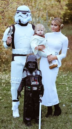 Thumbs UP to this creative STAR WARS family!  HALLOWEEKEND IS COMING...
