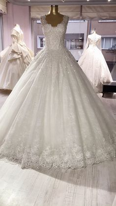Wedding Gowns, Lace Wedding, Ball Gowns, Formal Dresses, Fashion, Bridal Gowns, Boyfriends, Homecoming Dresses Straps, Ballroom Gowns