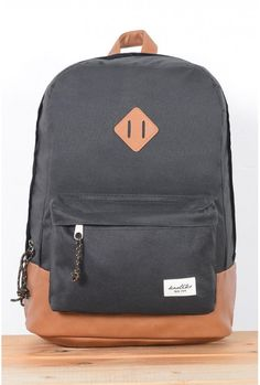 Buy backpacks and bags · trendy accessories and trendy streetstyle clothing By Kaotiko e-Shop Mochila Herschel, Mochila Jansport, Cute Mini Backpacks, Stylish Backpacks, Buy Backpack, Black Backpack, Handbags For Men, Purses And Handbags, Trendy Accessories