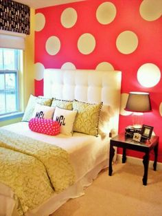 Teen Girls Bedroom Design With Polka Dots Wall Covering cool ideas for teen room, bedroom, dorm room and first apartment Dream Rooms, Dream Bedroom, Girls Bedroom, Bedroom Ideas, Preteen Bedroom, Preppy Bedroom, Teen Bedrooms, Bedroom Modern, Small Bedrooms