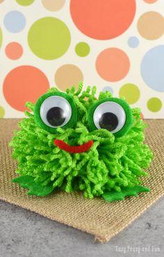 Super Cute Pom Pom Frog Craft