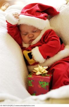 Babies are really the best Christmas accessory. Merry Christmas, Santa babies!