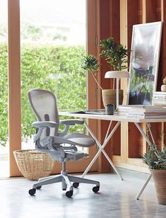 Home Office, Office Nook, Office Setup, Office Table, Office Ideas, Sustainable Furniture, Modern Furniture, Office Furniture, Closet Renovation