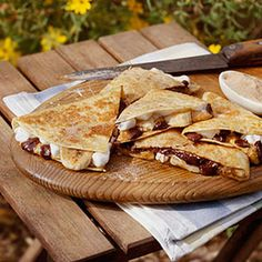 Peanut Butter S'more Quesadillas    ~    S'mores meet quesadillas in this favorite dessert of campers.