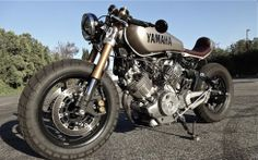 1981 Virago XV750 Street Fighter with R6 forks.