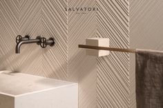 Designer Silvia Fanticelli's new TABL-EAU range combines natural stone and burnished brass in a natural evolution of its sister collection PLAT-EAU. Bathroom Closet, Bathroom Sets, Bathrooms, Wall Railing, John Pawson, Closet Remodel, Herringbone Pattern, Desk Accessories, Wooden Flooring