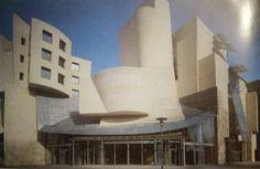 Frank O. Gehry, Ośrodek Amerykański w Paryżu-Bercy, 1994