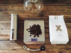 Y se llegó el día de prepararme un café Gheisha de @xuecafe  #coffeelover #vscocoffee #chemex #vsco #sivar #cafe #colombia #elsalvador http://ift.tt/1U25kLY